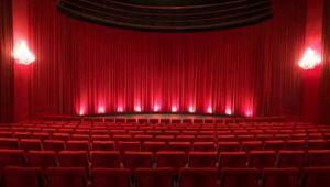 İBB Şehir Tiyatroları Salondan Yayına Başladı